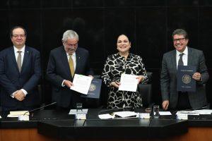 Convenio UNAM-SENADO